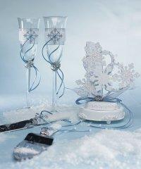 Красивое украшение бокалов для свадьбы зимой