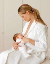Что можно есть кормящей маме в первый месяц после родов