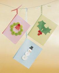 Простые новогодние открытки с пуговицами