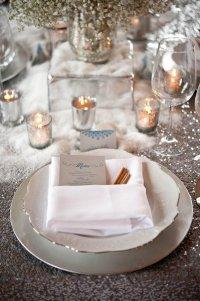 Идея сервировки стола на зимней свадьбе