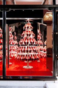 Рождественское дерево от Christian Louboutin