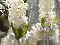 Новогодний декор с гиацинтами