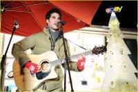 Даррен Крисс на праздничном концерте eBay Toy Box