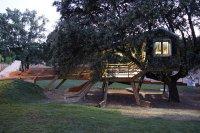 Испанские архитекторы из Urbanarbolismo представляют загородный дом на дереве