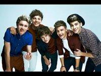 Группа One Direction была удостоена титула «Исполнитель года» по версии Billboard