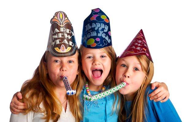 Детские стихи к Новому году:  Волшебные игрушки