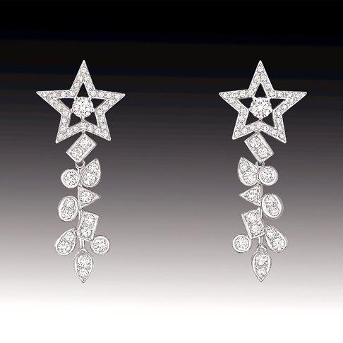 Новогодние ювелирные украшения от Chanel