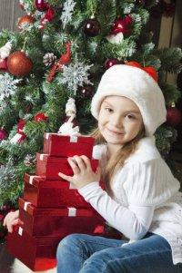 Детские стихи к Новому году:  Сверкающая елка