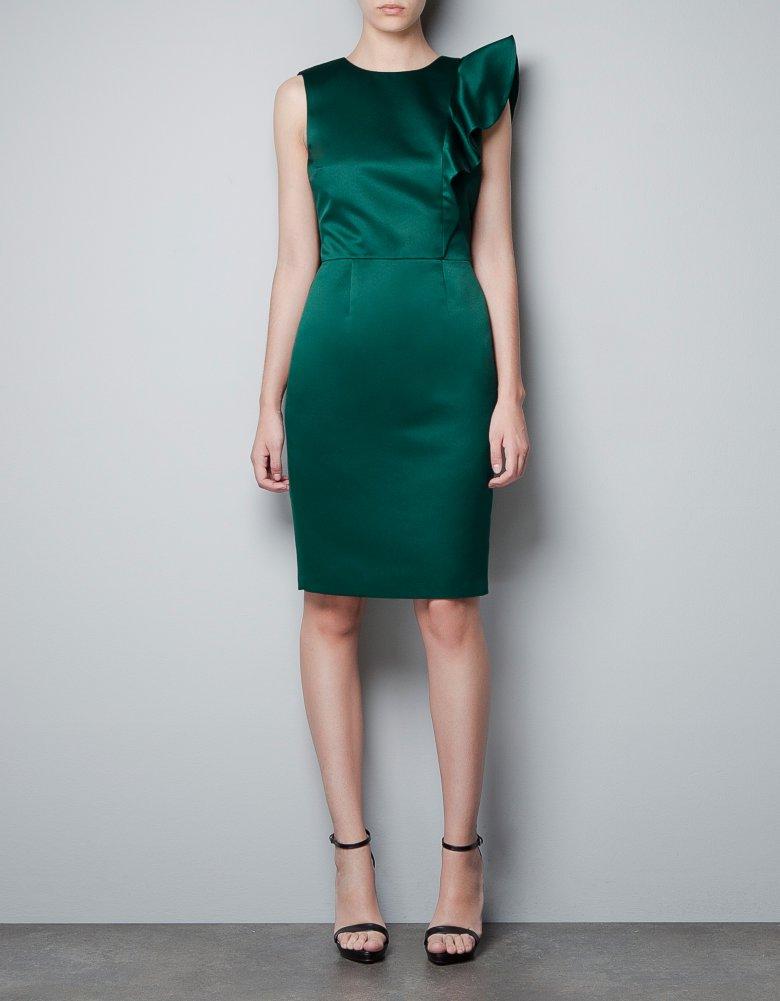 Новогоднее платье средней длины