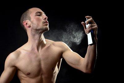 Как выбрать парфюм в подарок молодому человеку?