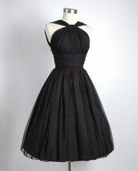 Черное платье для встречи Нового года