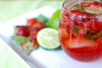Горячие напитки: горячий клубничный «Мохито»