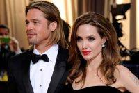Брэд Питт и Анджелина Джоли проводят Рождество на Теркс и Кайкос