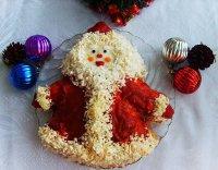 Новогодний салат «Дедушка Мороз»