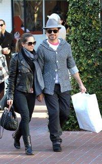 Роберт Дауни-младший с женой пошли по магазинам