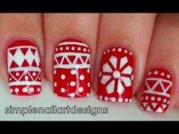 Учимся рисовать зимний орнамент на ногтях