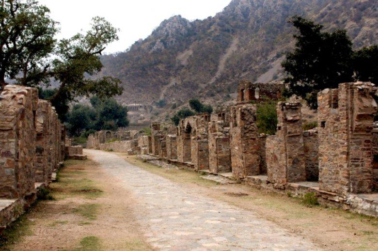 Самые жуткие места на планете: руины Бхангарх