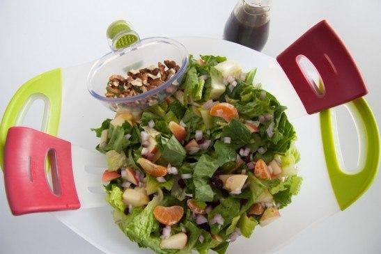 Салат с мандаринами на скорую руку