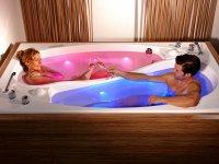 Yin Yang Bathtube: романтичная ванна для двоих от Trautwein