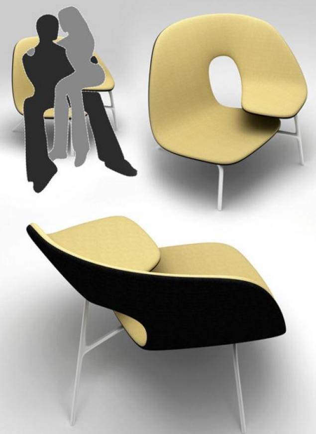 Интересное кресло для влюбленных
