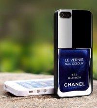 Панель для iPhone в виде лака Chanel