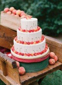 Свадебный торт: магия простоты