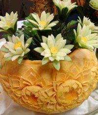 Искусство карвинга: лилия из огурца