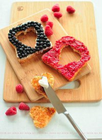 Простой и полезный завтрак на День святого Валентина
