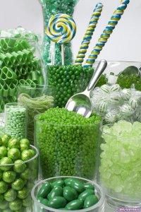 Зеленый конфетный фуршет