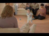 Ребенок станцевал Gangnam Style в рекламе электронных сигарет