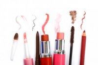 Как можно выглядеть моложе: некоторые секреты макияжа