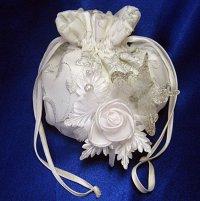 Свадебная сумочка на шнурке