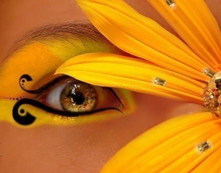 Макияж в желтых тонах