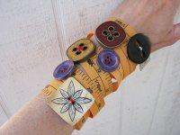 Необычный браслет своими руками