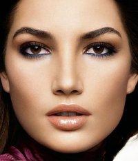 Стойкость макияжа глаз