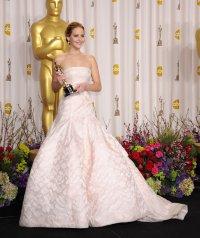 Дженнифер Лоуренс о своем падении на церемонии Оскара