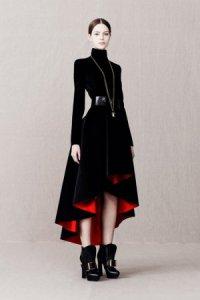 Роскошные наряды от Alexander McQueen