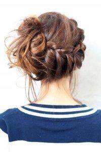Прическа с косой вокруг головы