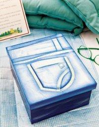 «Джинсовая» упаковка подарка на 8 Марта