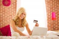 Стоит ли покупать платье через интернет?
