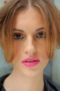 Тренд макияжа весна-лето 2013: розовый