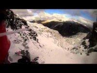 Видео: падение с горы