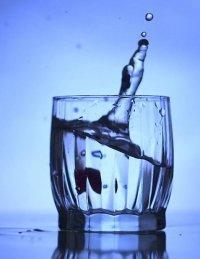 Как очистить воду углем