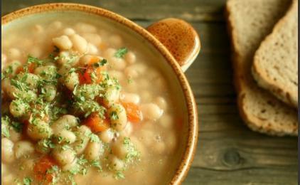Блюда в пост: суп из фасоли по-гречески