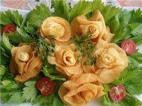 Искусство карвинга: розы из картофеля