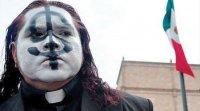 Отец Гофо - таких католических священников вы еще не видели