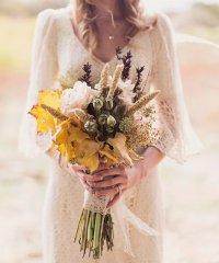 Какие цветы лучше всего выбрать для свадьбы осенью?