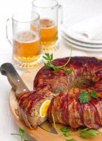 Пасхальный мясной рулет