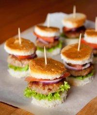Мини-гамбургеры для фуршета