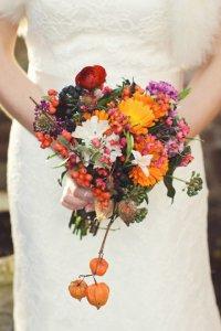 Как украсить букет невесты: ягоды